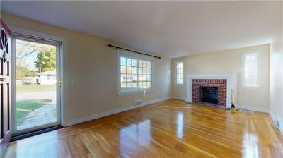 142 HILLARD AVE, Warwick, RI 02886 - Photo 2