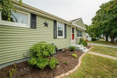 85 DUCHESS RD, Cumberland, RI 02864 - Photo 2