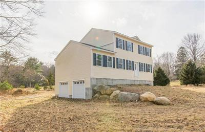 522 FISH HILL RD, West Greenwich, RI 02817 - Photo 2