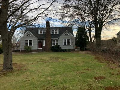 2370 POST RD, South Kingstown, RI 02879 - Photo 2