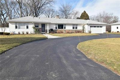 100 SIMMONSVILLE AVE, Johnston, RI 02919 - Photo 2