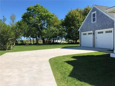 6 SOUTH DR, Middletown, RI 02842 - Photo 2