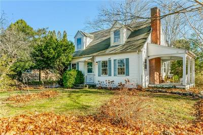 17 ORCHARD AVE, South Kingstown, RI 02879 - Photo 2