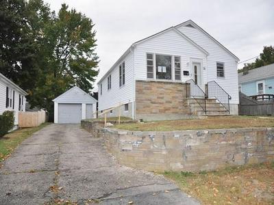 21 WHITE CT, North Providence, RI 02911 - Photo 2