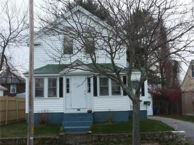 408 BULLOCKS POINT AVE, East Providence, RI 02915 - Photo 1