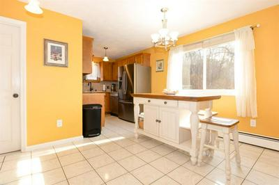47 LOOKOUT AVE, JOHNSTON, RI 02919 - Photo 2