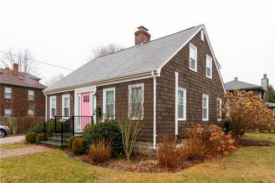 34 GIBSON AVE # A, Narragansett, RI 02882 - Photo 2