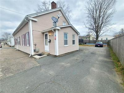 718 DYER AVE, Cranston, RI 02920 - Photo 2