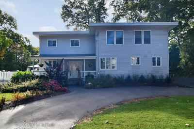 58 HILL TOP DR, Johnston, RI 02919 - Photo 1