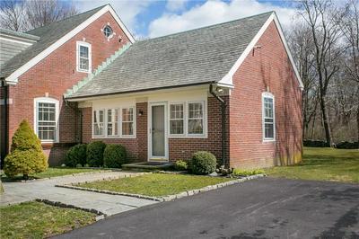 8 BRENTON RD, Newport, RI 02840 - Photo 1