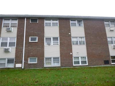 29 WOODBINE ST # A5, Pawtucket, RI 02860 - Photo 1