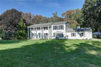 76 TANGLEWOOD DR, East Greenwich, RI 02818 - Photo 2