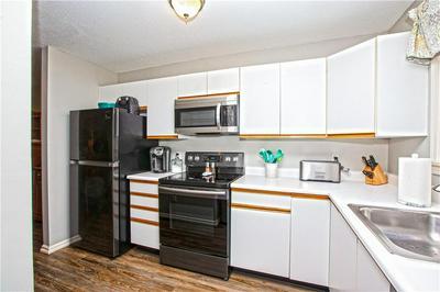 735 WILLETT AVE UNIT 406, East Providence, RI 02915 - Photo 2