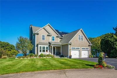 25 HARBOUR TER, Warwick, RI 02818 - Photo 1