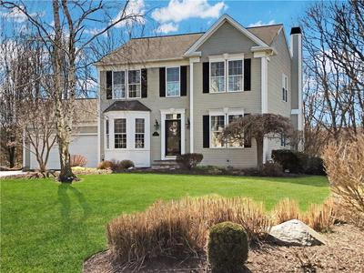 115 CASTLE ROCKS RD, Warwick, RI 02886 - Photo 2
