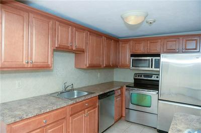 400 NEW RIVER RD APT 314, Lincoln, RI 02838 - Photo 2