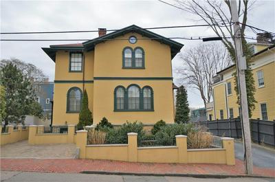 81 PELHAM ST, Newport, RI 02840 - Photo 2