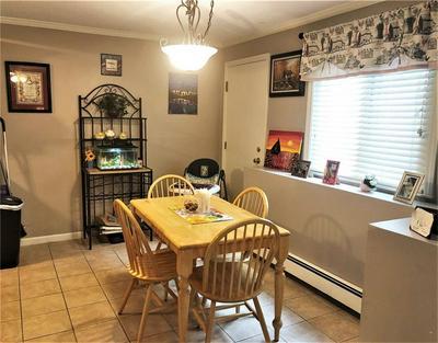 400 NEW RIVER RD APT 401, Lincoln, RI 02838 - Photo 2