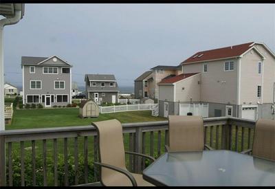 7 HAWTHORNE AVE, Narragansett, RI 02882 - Photo 1