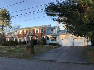17 PINE TOP RD, Barrington, RI 02806 - Photo 2