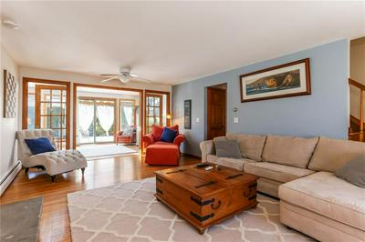 8 SOWAMS RD, Barrington, RI 02806 - Photo 2