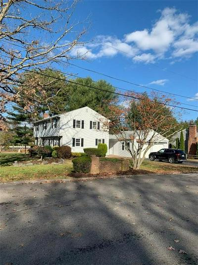 700 COMMONWEALTH AVE, Warwick, RI 02886 - Photo 1