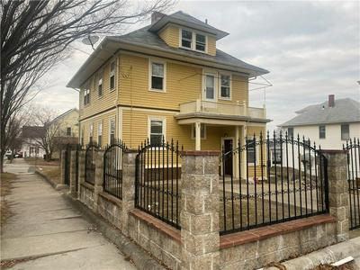 78 ROANOKE ST, Providence, RI 02908 - Photo 2
