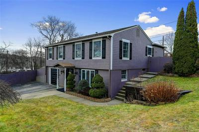 4 TANGLEWOOD DR, West Warwick, RI 02893 - Photo 2