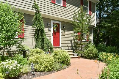 40 COLE DR, North Kingstown, RI 02852 - Photo 2
