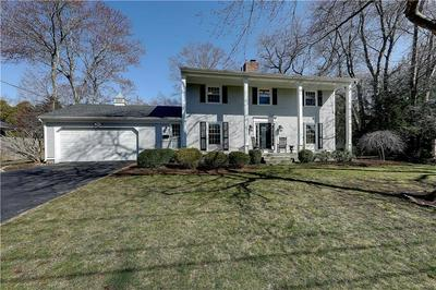 116 GOVERNOR BRADFORD DR, Barrington, RI 02806 - Photo 2