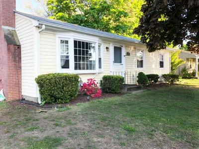 23 CONNORS LN, East Providence, RI 02915 - Photo 2