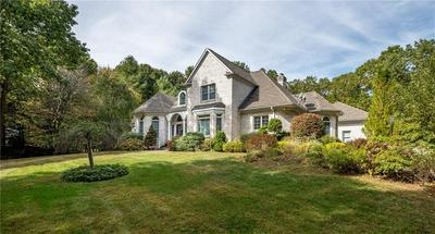 4 CHRISTOPHER DR, Lincoln, RI 02865 - Photo 2