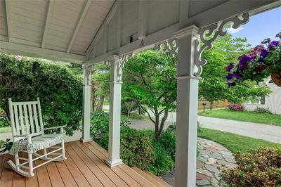 61 FALES AVE, Barrington, RI 02806 - Photo 2