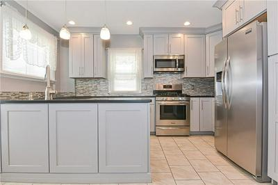 252 NORTHUP ST, Cranston, RI 02905 - Photo 2