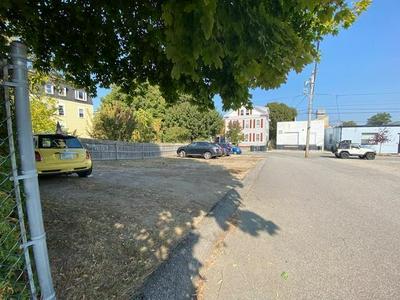 488 WASHINGTON ST, Providence, RI 02903 - Photo 2
