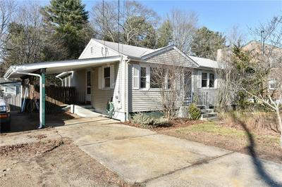 101 GROVE AVE, North Kingstown, RI 02852 - Photo 1