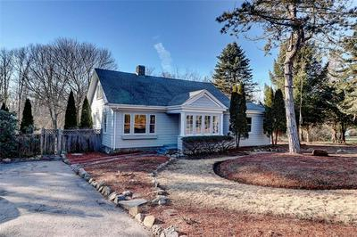 100 HOPKINS AVE, Johnston, RI 02919 - Photo 2