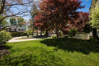 94 PUTNAM PIKE, Johnston, RI 02919 - Photo 2