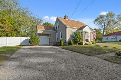 76 GEORGE ARDEN AVE, Warwick, RI 02886 - Photo 2