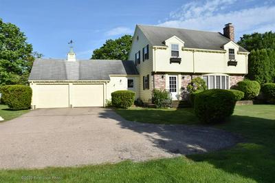 625 BOSTON NECK RD, Narragansett, RI 02882 - Photo 1
