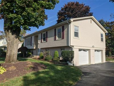 10 SHERWOOD LN, Smithfield, RI 02828 - Photo 2