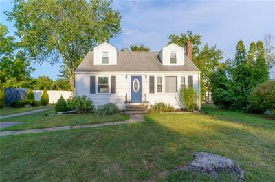 10 BRENTWOOD DR, Coventry, RI 02816 - Photo 2