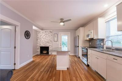 72 THAMES ST # 2, Bristol, RI 02809 - Photo 2
