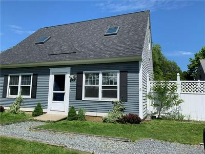 66 CONTINENTAL DR # B, Middletown, RI 02842 - Photo 1