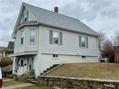 29 FLORIDA AVE, Cranston, RI 02920 - Photo 2
