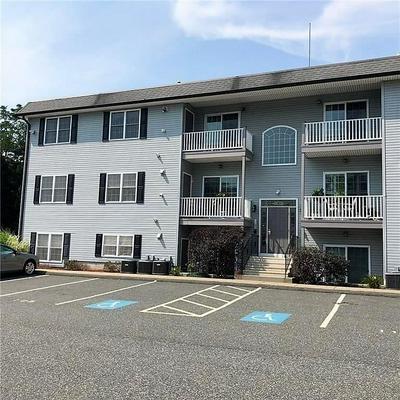 402 NEW RIVER RD UNIT 105, Lincoln, RI 02838 - Photo 1