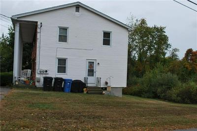8 COLWELL DR, Cumberland, RI 02864 - Photo 2