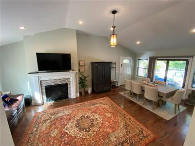 38 VICEROY RD, Warwick, RI 02886 - Photo 2