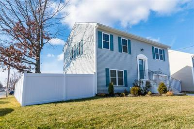 223 CRESCENT AVE, Cranston, RI 02910 - Photo 2