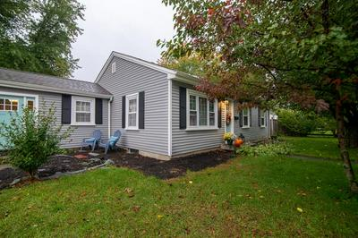 148 GROVE ST, Lincoln, RI 02865 - Photo 2